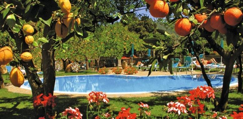Hotel Antiche Mura, orange grove
