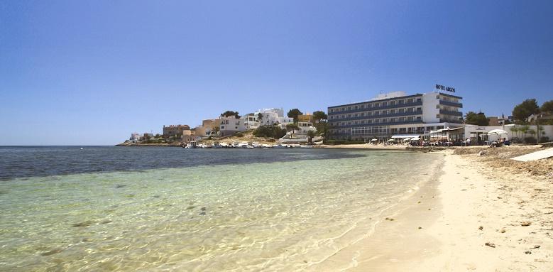 Hotel Argos, beach
