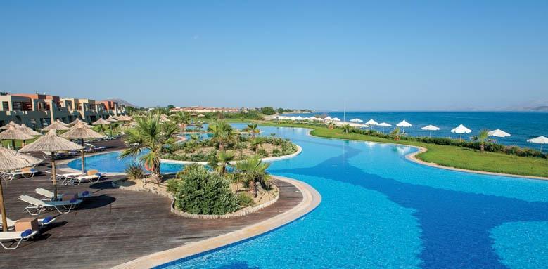 Astir Odysseus, laguna pool