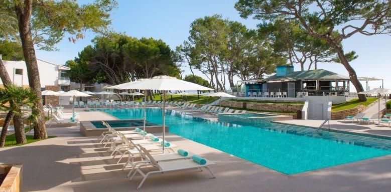 Playa de Muro Village, Pool