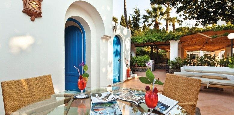 IL Moresco Hotel, exterior