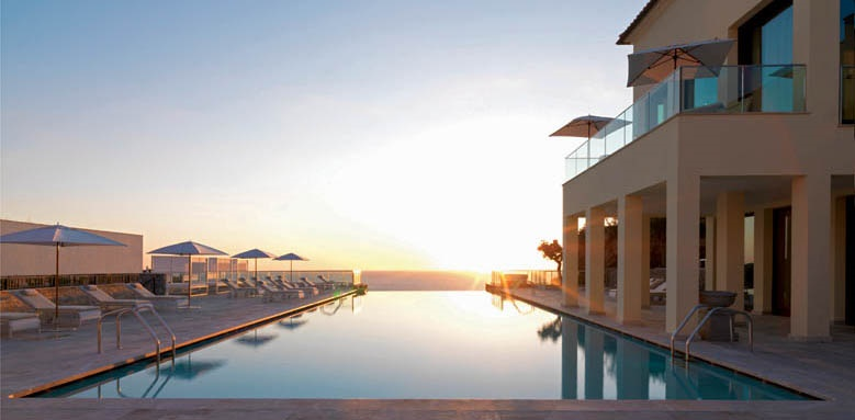 Jumeirah Port Soller Hotel & Spa, Infinity Pool Sunset