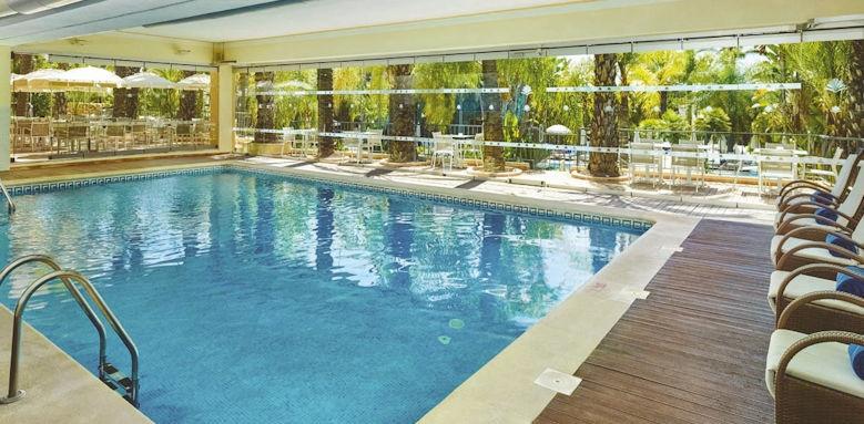 Ria Park, indoor pool