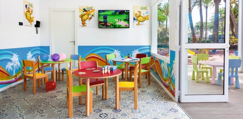 riu palace oasis, kids club