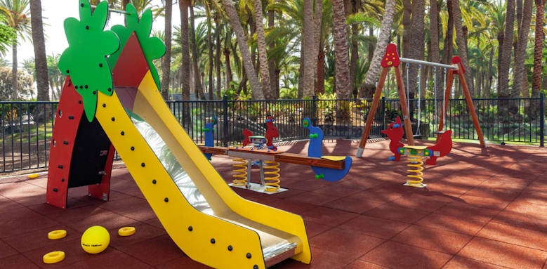 riu palace oasis, children's playground