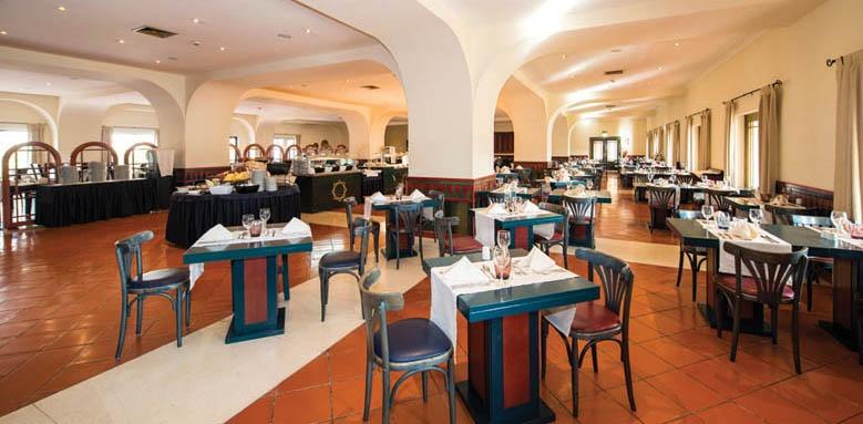 Vila Gale Tavira, Restaurant