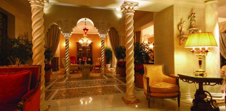 Villa & Palazzo Aminta, lobby