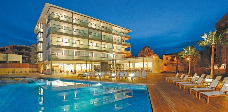 Aimia Hotel, hotel exterior at night