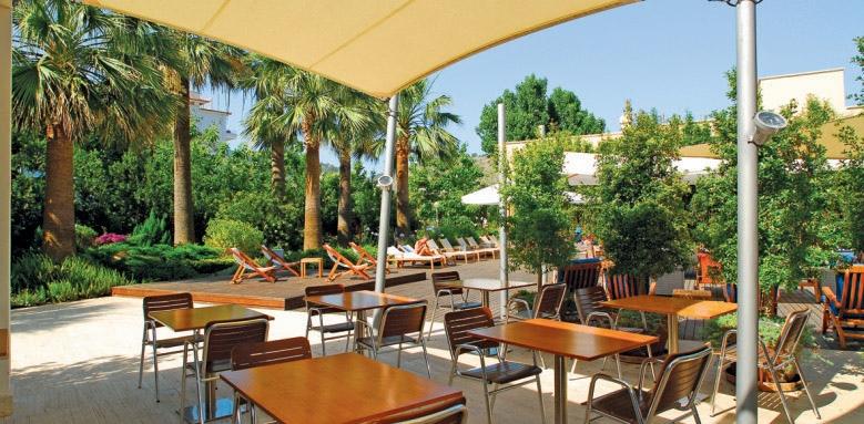 Aimia Hotel, Aimia terrace