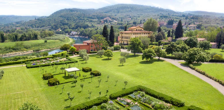 Villa La Massa, view of gardens