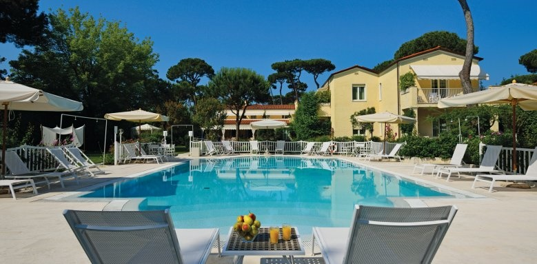Villa Roma Imperiale, pool view