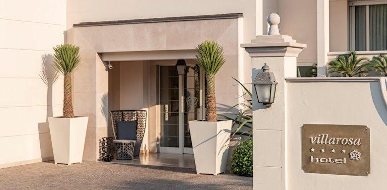 Villarosa hotel, entrance