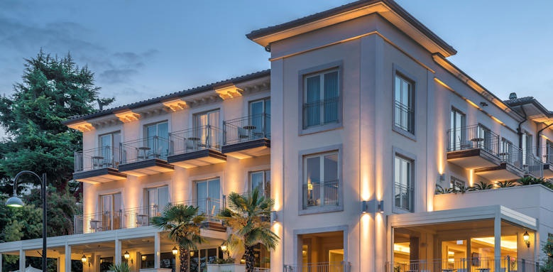 Villarosa hotel, front view