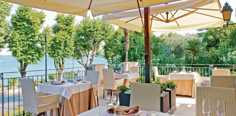 Villarosa Hotel, restaurant terrace