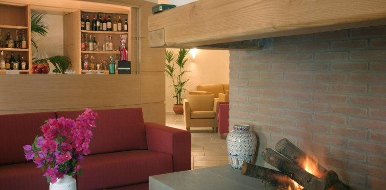 Villasanpaolo, interior