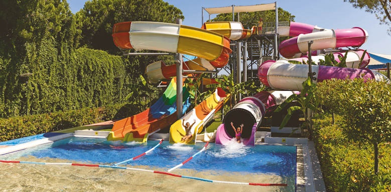 xanadu resort, waterslides