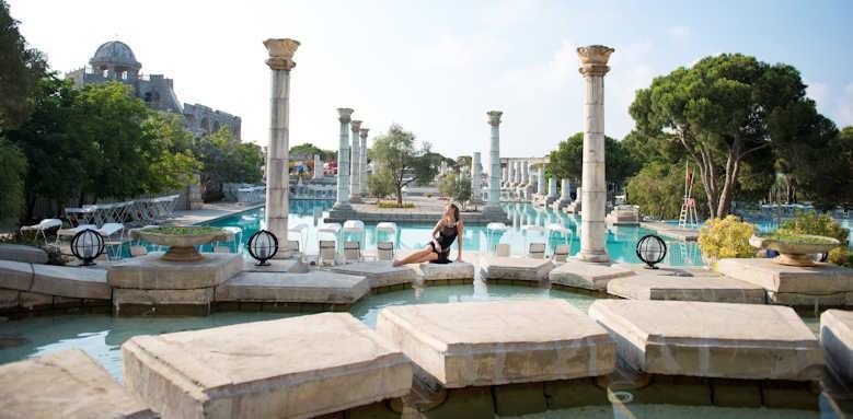 xanadu resort, pool