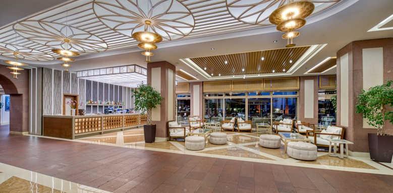 xanadu resort, lobby area