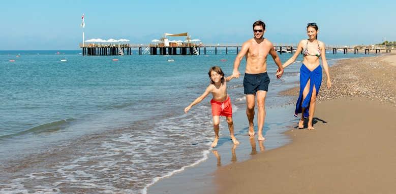 xanadu resort, beach area