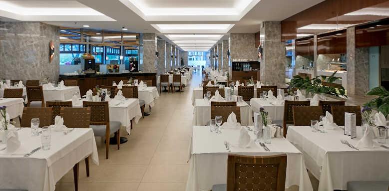 xanadu resort, main restaurant