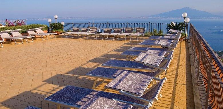 Hotel La Vue D'or, roof terrace
