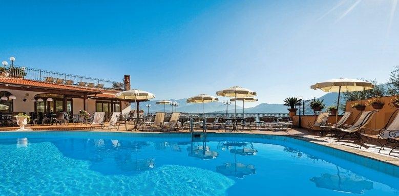 Hotel La Vue D'or, pool