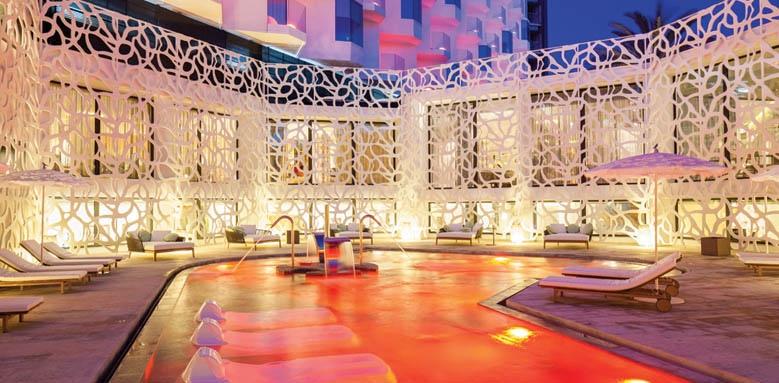 Hard Rock Hotel Ibiza, spa pool