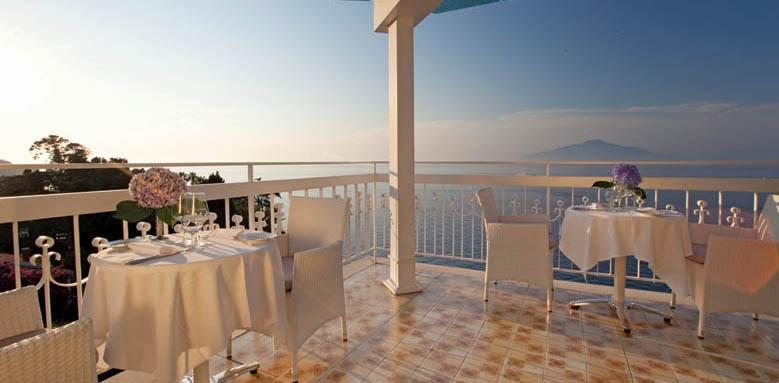 Hotel Regina, dining terrace