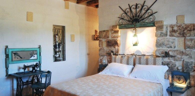 Masseria Montenapoleone, rustic double il mandorio room