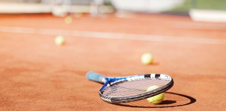 Sun Gardens Dubrovnik, tennis courts