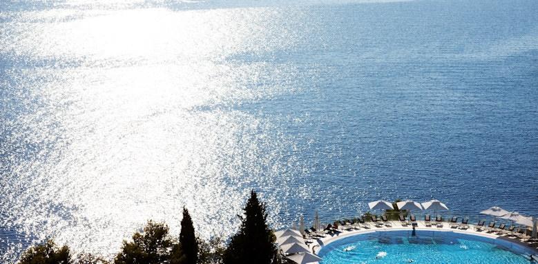 sun gardens dubrovnik, pool and sea