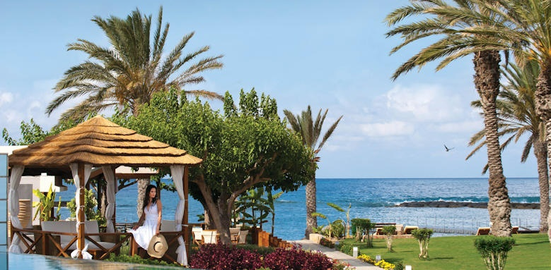 Constantinou Bros Asimina Suites Hotel, Privat Cabana garden and beach