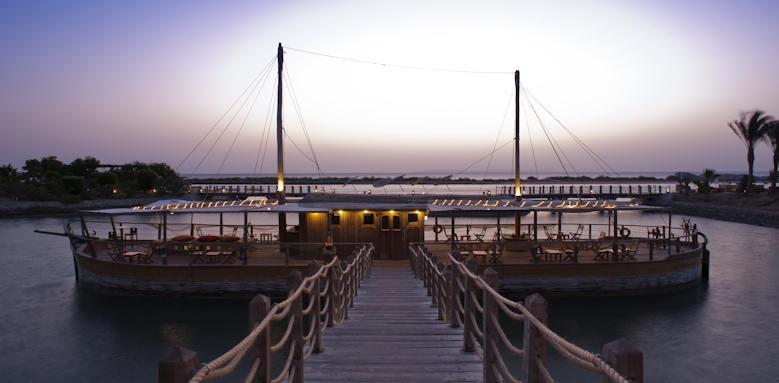Sheraton Miramar El Gouna, boat and sunrise