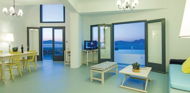 Ambassador Santorini, villa interior