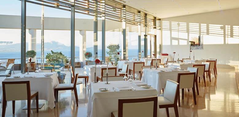 Lindos Blu Hotel & Suites, Restaurant