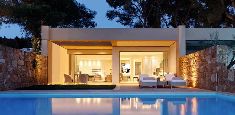 Sani club, private pool