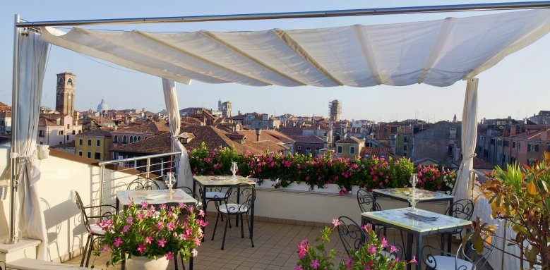 Ca' Sagredo Hotel, roof terrace