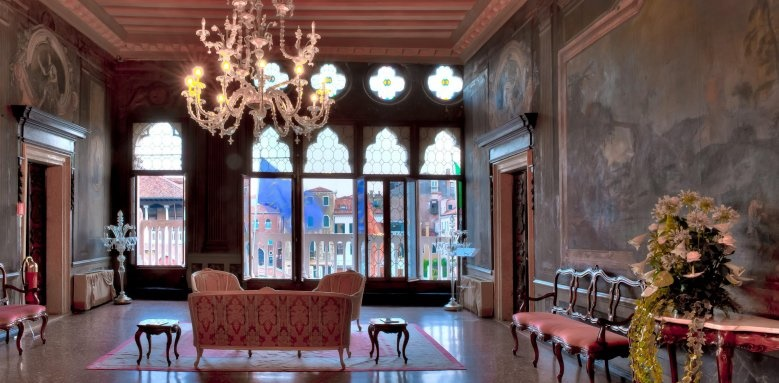 Ca' Sagredo Hotel, hotel interior