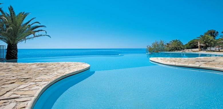 Hotel Costa Dei Fiori, pool