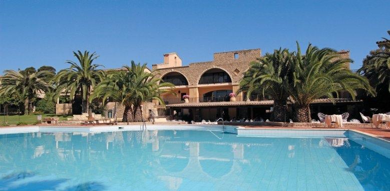 Hotel Costa Dei Fiori, pool and hotel