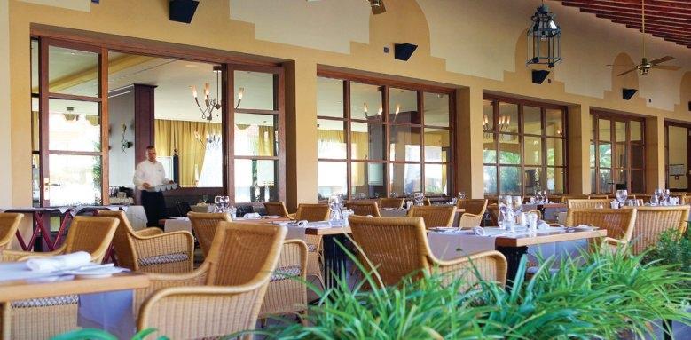 La Quinta, restaurant terrace