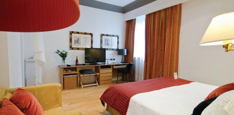 Hotel Plaza Opera, deluxe room
