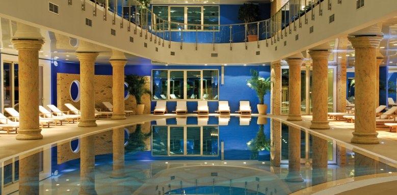 Hotel Splendid Spa Resort, spa pool