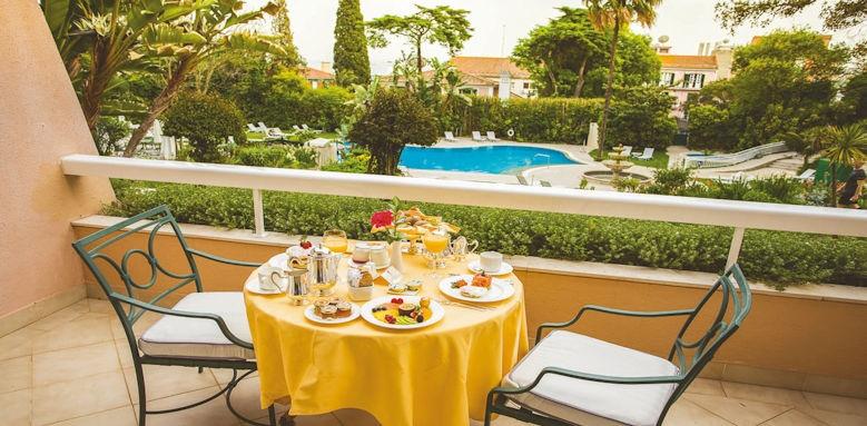 Lapa Palace, breakfast terrace
