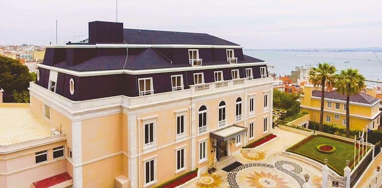Lapa Palace, exterior