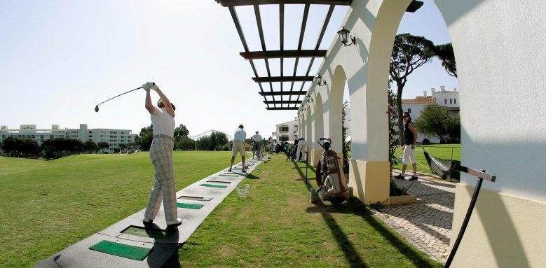 Pine Cliffs Residences, Golf driving range