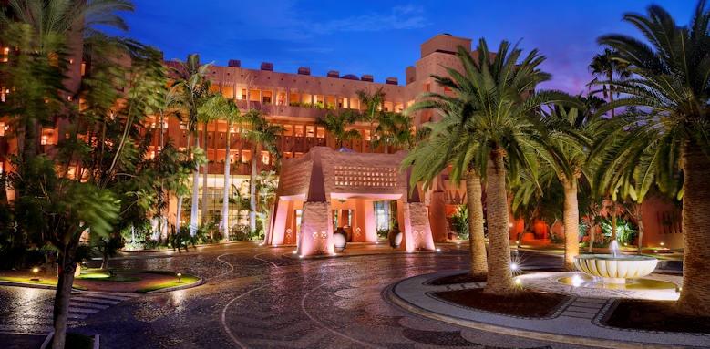 The Ritz-Carlton Abama, entrance night