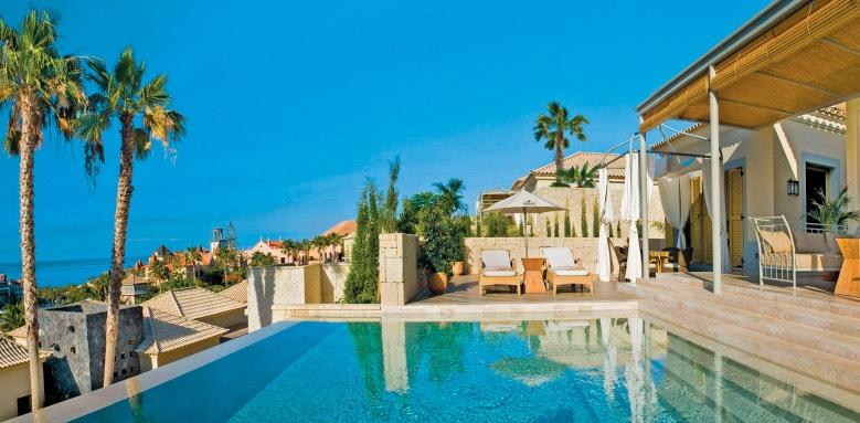 Las Villas Gran Hotel Bahia Del Duque, La Mimosas terrace in the day
