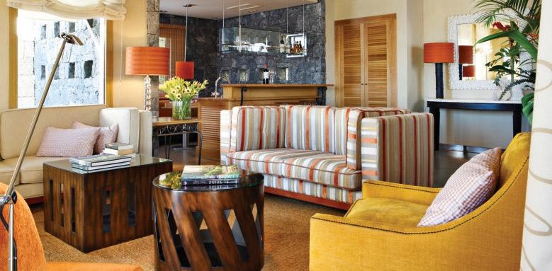 Las Villas Gran Hotel Bahia Del Duque, Villa las Retamas living area