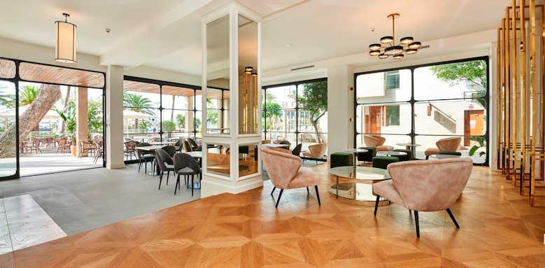 Hoposa Hotel Daina, hotel interior